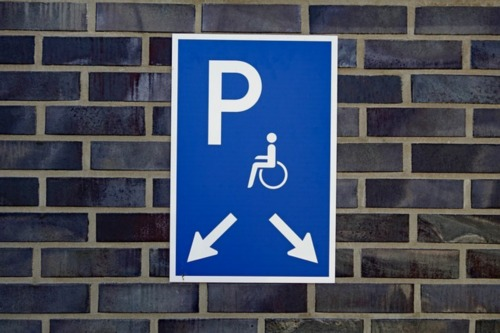 disabled-parking-space-3570519_640